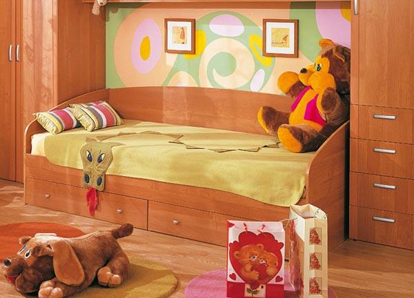 Кровать с ящиками, изготавливается из ламинированной ДСП.  Фурнитура