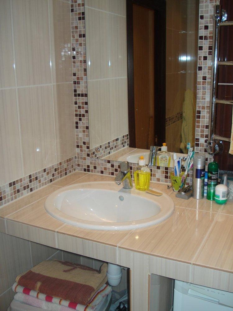Столешница в ванной из кафеля своими руками