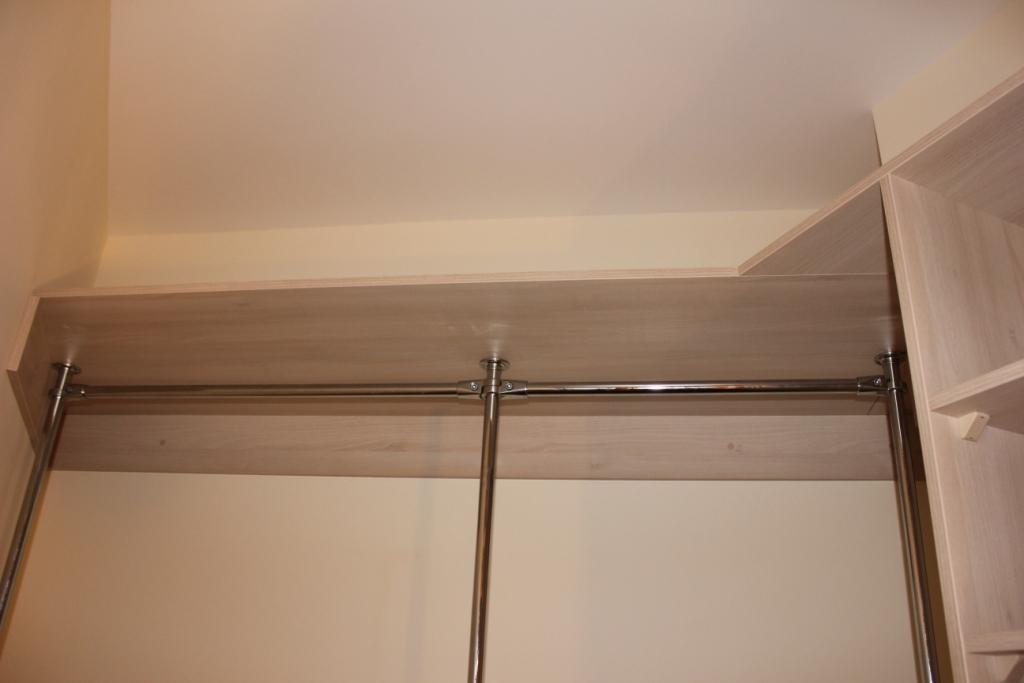 Шкафы-купе и гардеробные по индивидуальным проектам (страниц.